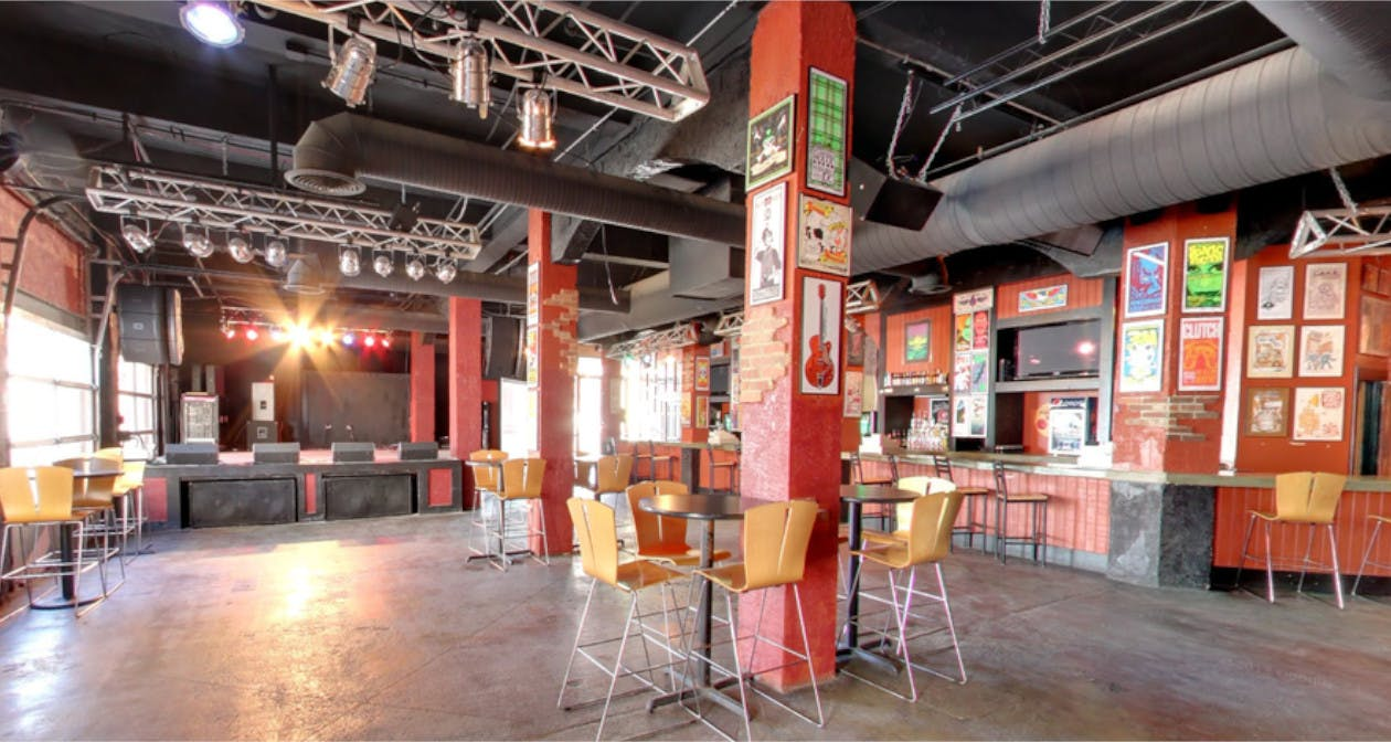 A and R Music Bar