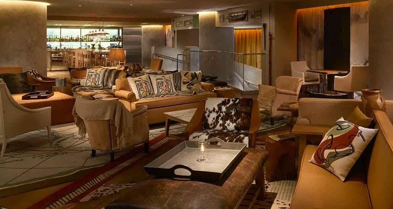 SAAM Lounge at SLS Brickell